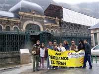 La estación de Canfranc, símbolo del Pirineo en peligro